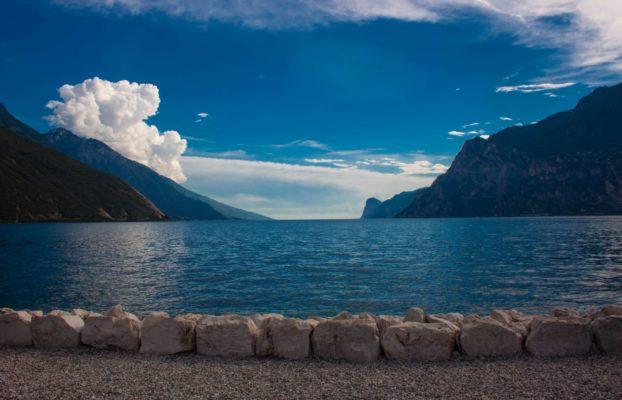 Die schönsten Entdeckungen liegen nah: 5 Geheimtipps für Gruppenreisen am Gardasee